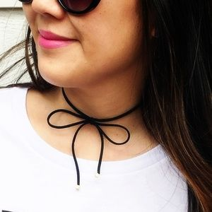 Jewelry - Bow tie Gold Square ends Velvet choker Necklace